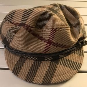 Burberry newspaper boy hat